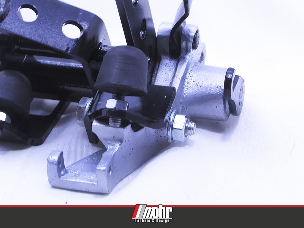 Detalhe da peça em alumínio e acionador de embreagem (utilizam-se os original do carro)